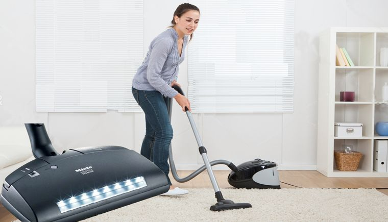 The 7 Best Miele Vacuum Cleaner in 2021 (Reviews & Guide)
